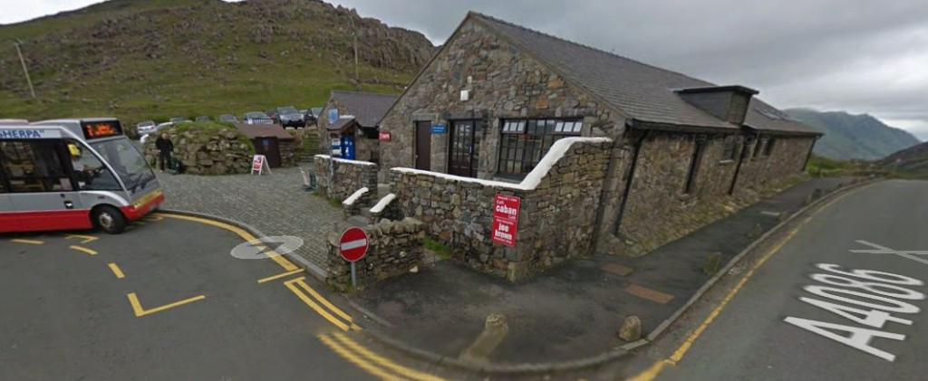 WOW2015-Top-of-Pey-y-Pass-Cafe-Car-Park